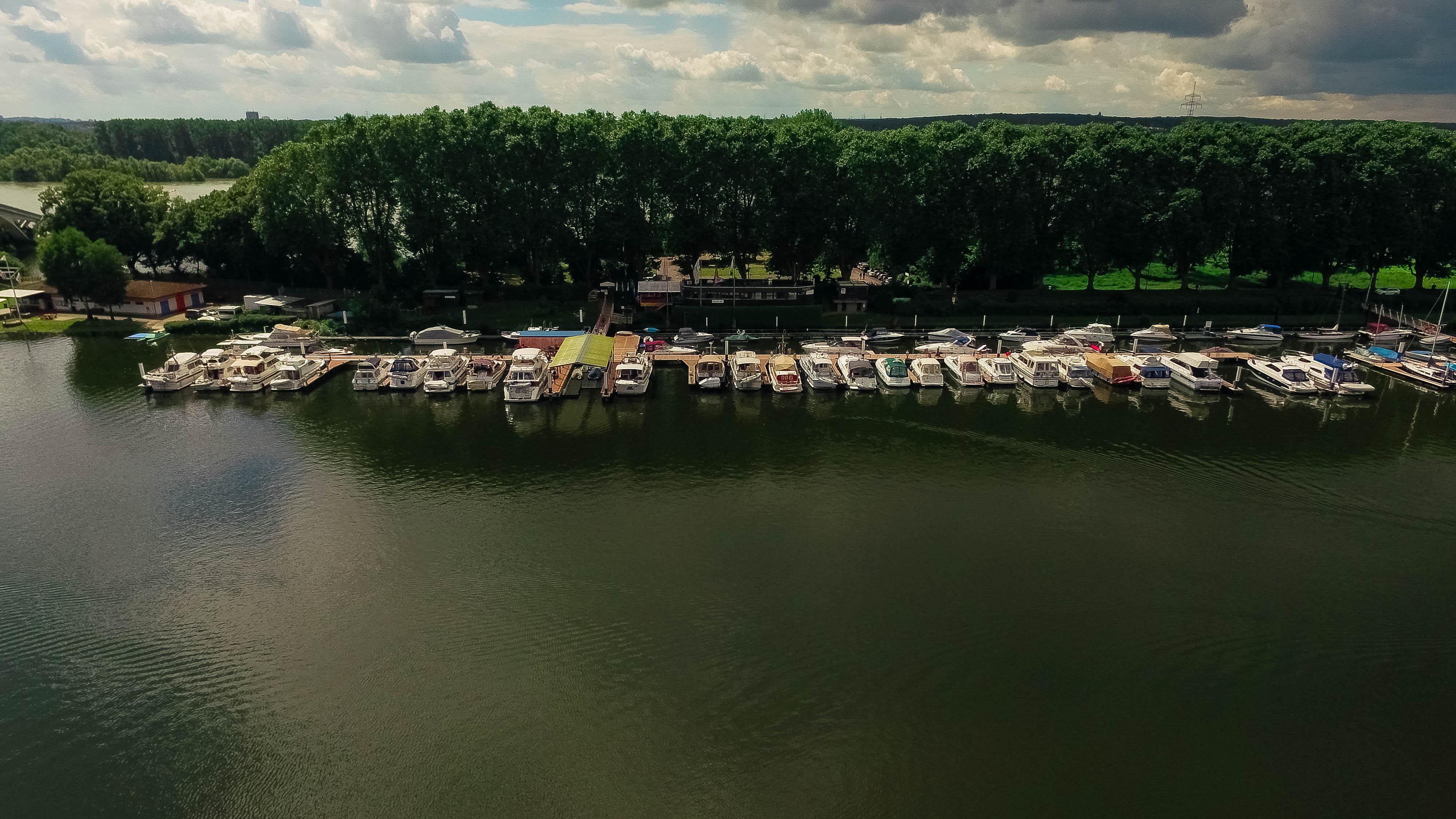 MCM Wiesbaden Motorbootclub Mitterhein eV Wiesbaden